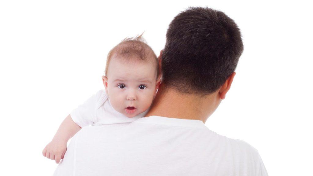 Что делать если новорожденный икает после кормления