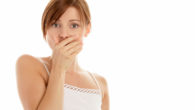 Ком в горле и отрыжка воздухом: причины, лечение, симптомы