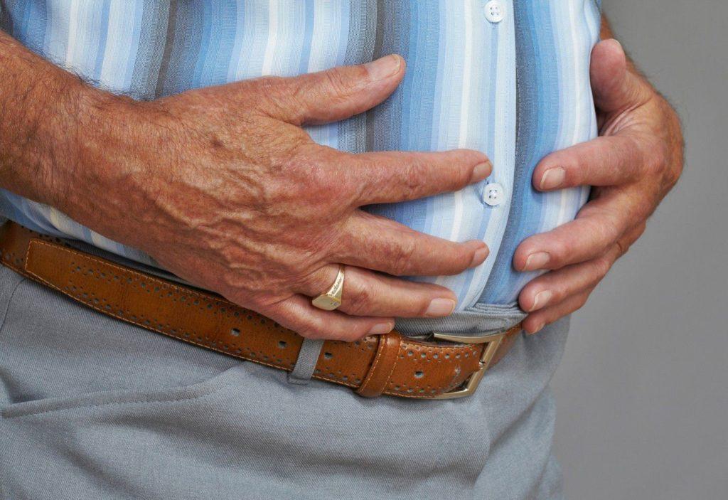 Боль в желудке и отрыжка воздухом: причины и лечение боли